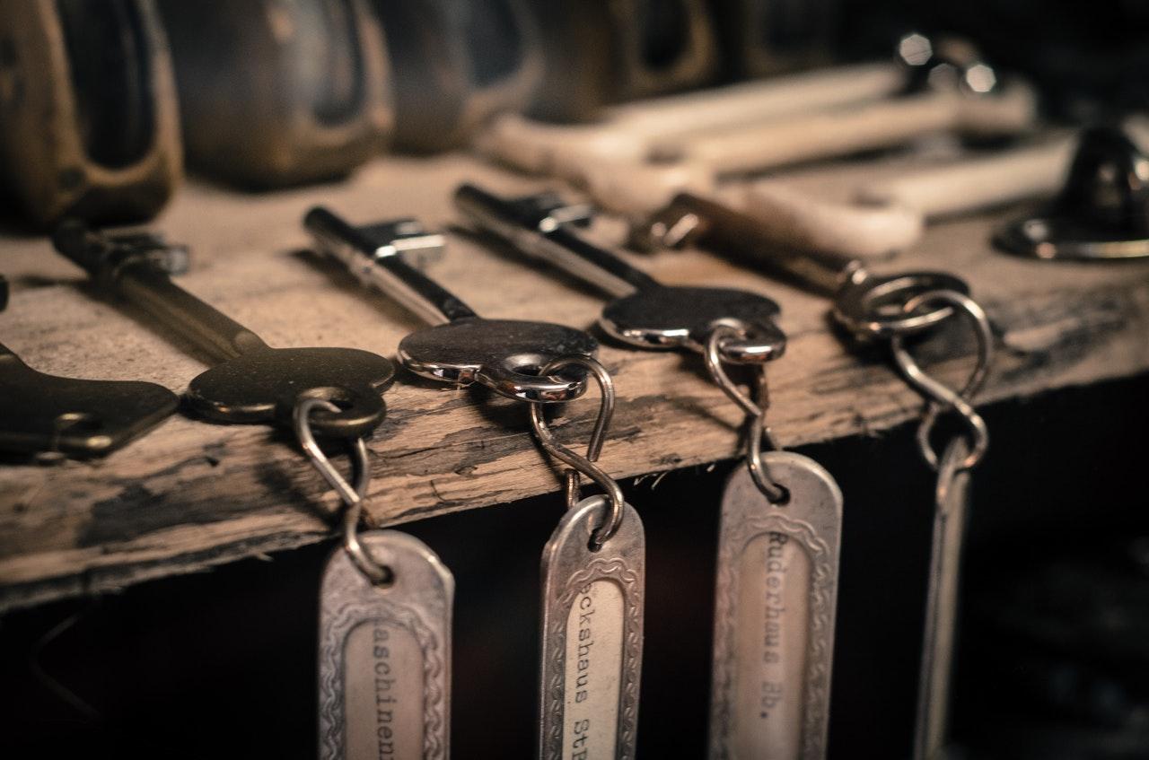 set-of-keys-on-table